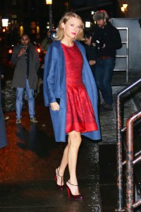 "Taylor Swift goes to 'The Tonight Show Starring Jimmy Fallon"" in NYC. Pictured: Taylor Swift Ref: SPL954303 170215 Picture by: XactpiX/Splash News Splash News and Pictures Los Angeles:310-821-2666 New York:212-619-2666 London:870-934-2666 photodesk@splashnews.com"