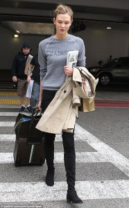 25717B9B00000578-2944291-Laid_back_Karlie_looked_casual_as_she_arrived_at_the_airport_spo-a-26_1423357014793